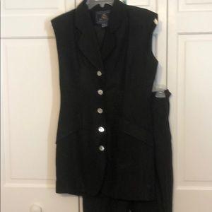 2 piece sleeveless linen suit. High waist pant sz2